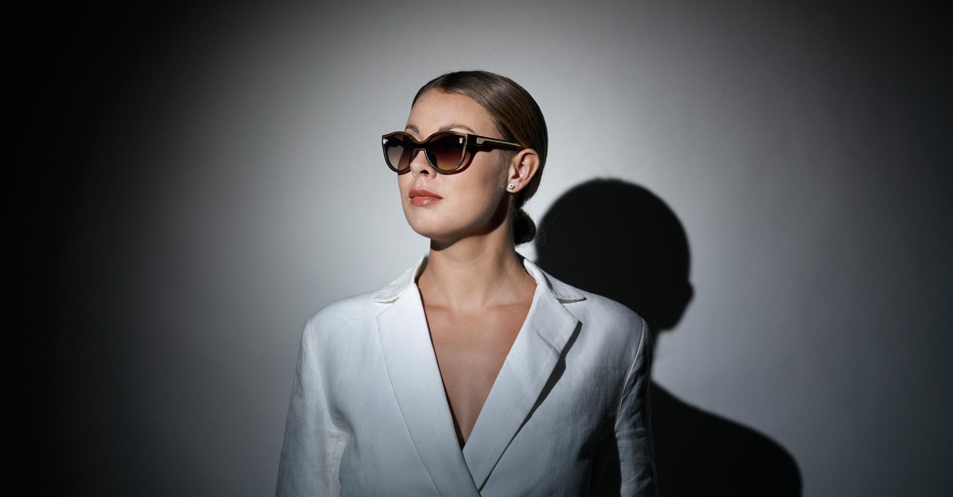 Sunglasses - 1 People